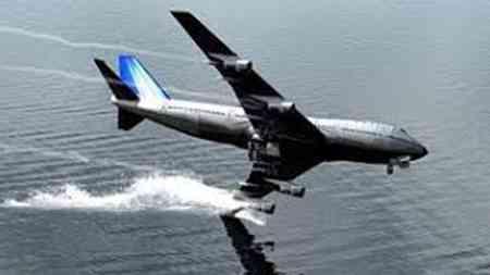 Schon starker Seitenwind lässt uns manchesmal im Flugzeug zittern, doch diese 10 Landungen in diesem Video sind einfach unglaublich.