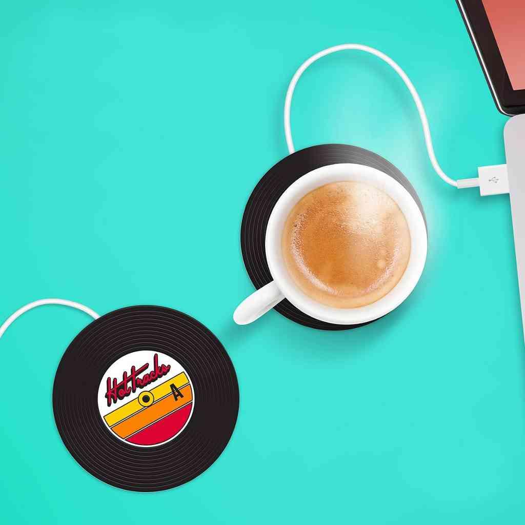 Seid ihr es leid das euch der Kaffee im Büro kalt wird, hier eine total lustige Lösung.