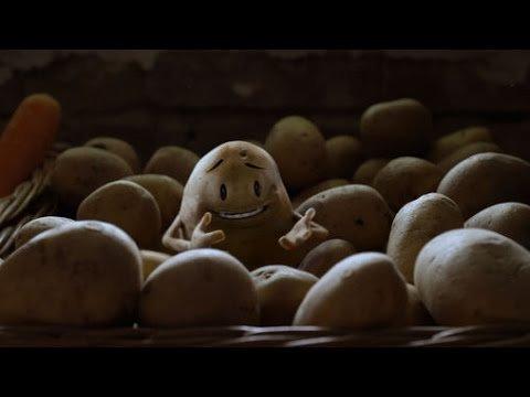 Wenn einem eine komische Sache zufliegt dann etwas womit man spielen kann aber keine Kartoffel im Raumschiff.