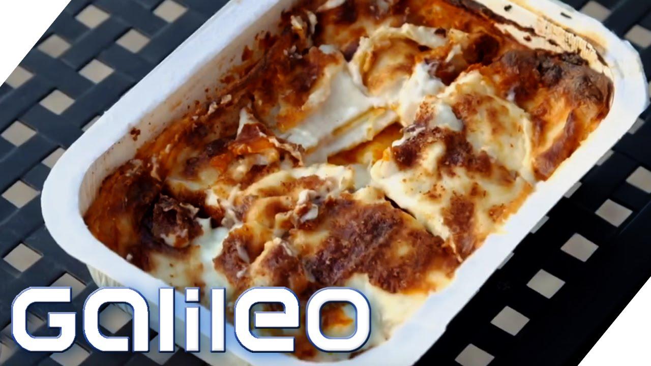 Wenn man wissen möchte wie man Lasagne gemacht wird kann man hier sehen.